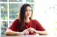 Trương Quỳnh Anh khóc nhiều ngày trở lại màn ảnh