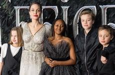 Angelina Jolie trải lòng việc chăm 6 con thời Covid-19