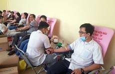 Hơn 500 đoàn viên hiến máu cứu người