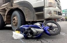 Tai nạn thương tâm ở nút giao Tân Vạn: Vợ chết, chồng nguy kịch