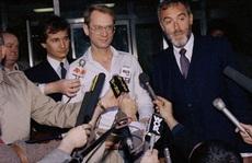 'Trial by Media': Những bản án của phiên tòa công luận