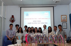 Học sinh chế máy rửa tay tự động siêu đáng yêu tặng bệnh viện chống Covid-19