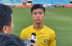 Phan Văn Đức thu hút CĐV Hà Nội trước cuộc đối đầu với Quang Hải