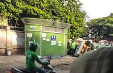 Nam thanh niên tử vong trong nhà vệ sinh sau bến xe Mỹ Đình