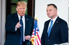 """Châu Âu """"nín thở"""" chờ bầu cử Ba Lan"""