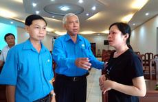 An Giang: Tặng quà đoàn viên - lao động đau yếu, tai nạn
