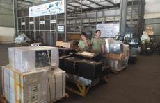 Phát hiện lô hàng lậu 'đi máy bay' về Nội Bài, chủ hàng mất tăm