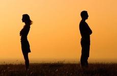 Tôi không cờ bạc, trai gái, sao vợ nằng nặc đòi ly hôn?