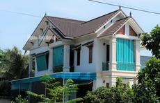 Cho 59 hộ 'thoát nghèo' ở xã có 712 hộ cận nghèo