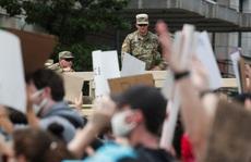 Biểu tình lan rộng ở Mỹ, nhiều nơi đổi chiến thuật