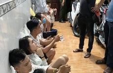 Sinh nghi, người dân gọi báo công an kiểm tra 1 căn nhà ở vùng ven Long An