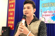 NSƯT Kim Tiểu Long mang tiếng hát đến khán giả bại liệt