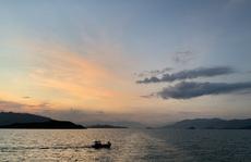 Trải nghiệm thú vị ngắm hoàng hôn trên vịnh Nha Trang