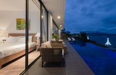 Căn biệt thự với bể bơi vô cực hướng biển tại Nha Trang