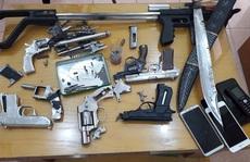 Triệt phá nhóm tội phạm ma túy nguy hiểm, thu lô vũ khí 'khủng'
