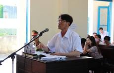 Nguyên chủ tịch xã kêu oan tại tòa