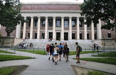 Mỹ hủy kế hoạch trục xuất du học sinh nước ngoài