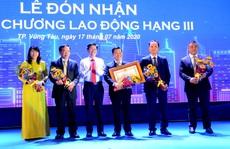 DIC số 4 vinh dự đón nhận Huân chương Lao động hạng Ba