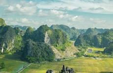Cảnh đẹp ở cánh đồng sen Ninh Bình