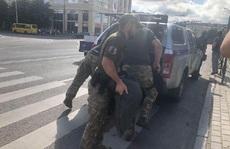 Ukraine: Bắt cóc 20 con tin và dọa nổ tung xe buýt