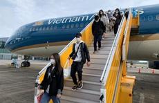 'Bật mí' về chuyến bay đưa hơn 200 người Việt từ Guinea Xích Đạo về nước