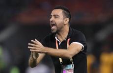 """Xavi """"dính"""" covid-19 vắng mặt, đội nhà Al-Sadd vẫn hạ đối thủ 2-1"""