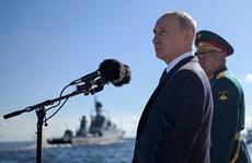 Tổng thống Putin tiết lộ tăng cường 40 tàu chiến cho hải quân Nga