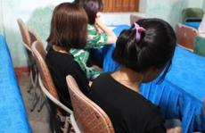 Giải cứu 4 cháu gái từ 13-16 tuổi bị dụ dỗ làm tiếp viên quán karaoke