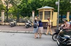 Sự thật về 'thông tin CSGT chạy ra giữa đường kéo ngã 2 người phụ nữ đi xe máy'
