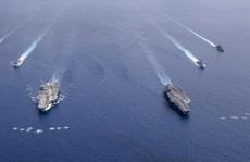 Mỹ biểu dương sức mạnh, Trung Quốc 'khoe' vũ khí
