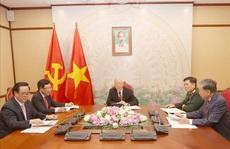 Tổng Bí thư, Chủ tịch nước điện đàm với Chủ tịch Đảng, Thủ tướng Campuchia Hun Sen