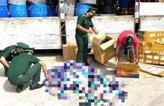 Bắt quả tang xe tải biển số Đồng Tháp chở hàng cấm ra Phú Quốc tiêu thụ