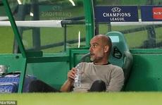 """Cổ động viên Man City """"tố"""" HLV Pep Guardiola """"lừa đảo"""""""