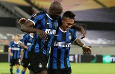 'Song sát' rực sáng, Inter Milan mở đại tiệc Europa League