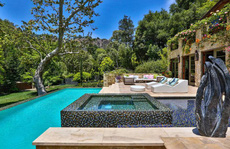 Biệt thự xa xỉ 28 triệu USD của Jennifer Lopez