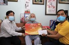 'Mai Vàng nhân ái' thăm nhạc sư Nguyễn Vĩnh Bảo và NSƯT Phương Tùng