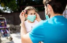 WHO khuyến cáo về độ tuổi trẻ em nên đeo khẩu trang phòng chống Covid-19