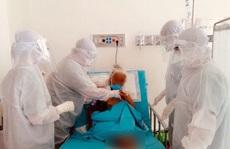 Ở nơi giành giật sự sống cho bệnh nhân Covid-19: 'Thế trận lòng dân' vững chắc