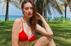 Ninh Dương Lan Ngọc khoe dáng với bikini