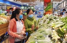 """""""Bão"""" giảm giá tại siêu thị mừng Quốc khánh 2-9"""
