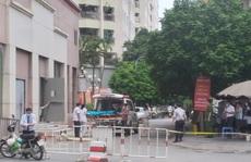Bé gái 6 tuổi rơi từ tầng 12 chung cư xuống đất tử vong