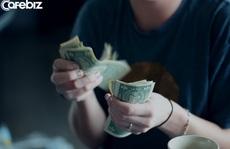 Tiền tới lúc cần dùng rồi mới thấy thiếu, người tới lúc nghèo rồi mới biết khó