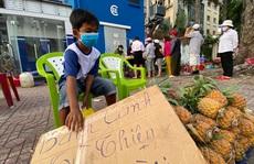 Cậu bé nghèo thích làm việc thiện