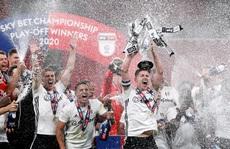 Siêu phẩm ngỡ ngàng, Fulham đại thắng trận cầu 170 triệu bảng
