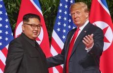 27 bức thư 'đầy tình cảm' giữa Tổng thống Trump và ông Kim Jong-un