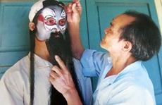 Hiếm nghệ nhân vẽ mặt tuồng