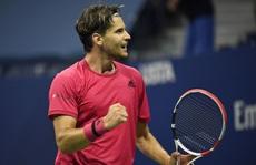 Nén đau, Dominic Thiem đánh bại Medvedev để vào chung kết US Open