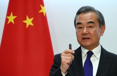 Trung Quốc cảnh báo Mỹ 'đi quá xa, vươn tay quá dài'