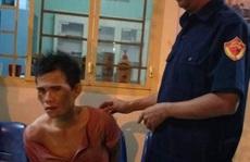 Cặp vợ chồng chở con 5 tháng tuổi đi cướp giật ở Đồng Nai