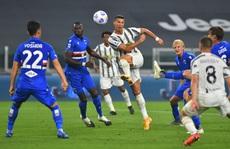Ronaldo khai hỏa, Juventus mở màn mãn nhãn ở Turin